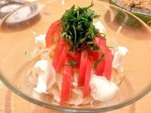 トマトと淡路玉ねぎのサラダ