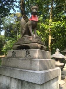 伏見稲荷大社 狐像