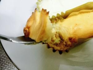 ファミマ 濃厚ベイクドチーズケーキ