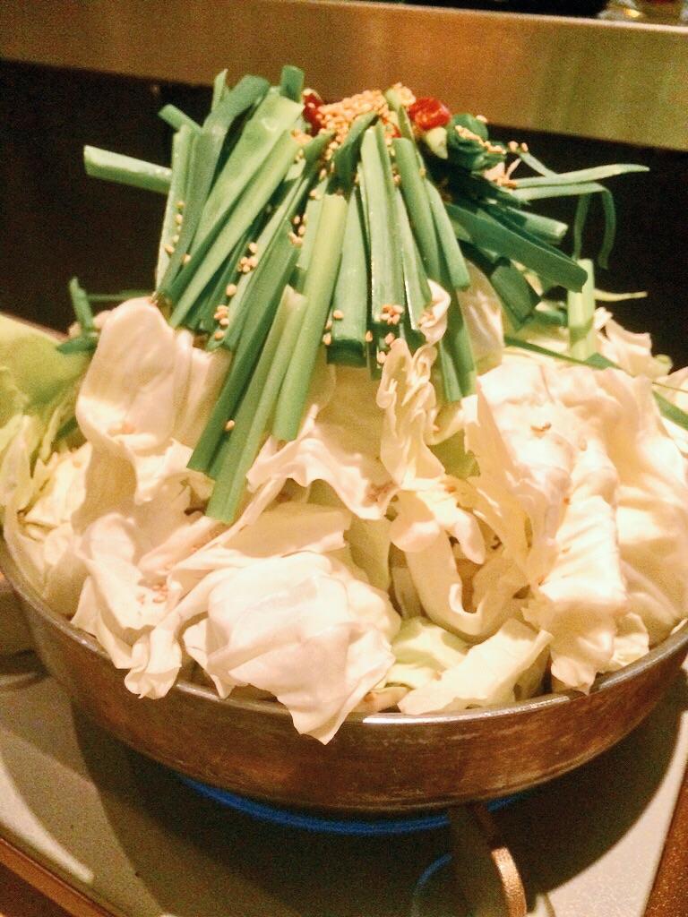 本厚木の白獅子でモツ鍋食べてきた