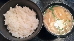 階 御飯と味噌汁