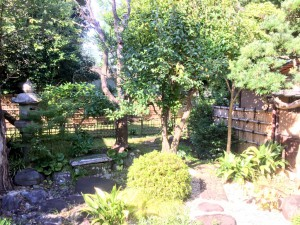 清閑亭 中庭