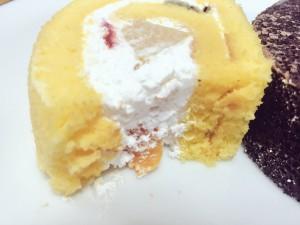 プレシア至福のロールケーキ フルーツ