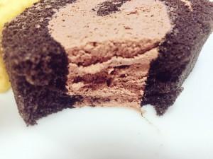 プレシア至福のロールケーキ チョコ