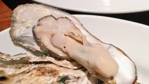町田 チャオベッラ 牡蠣の白ワイン蒸し